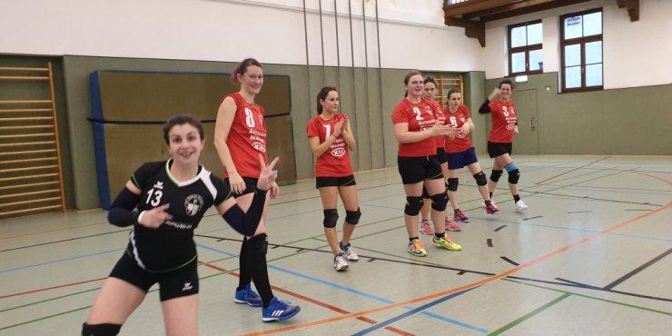 Klare Sache - Auswärtsspiel gegen L.E. Volleys V (SSR)