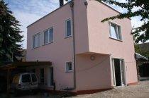 Wohn- und Geschäftshaus Regis-Breitingen